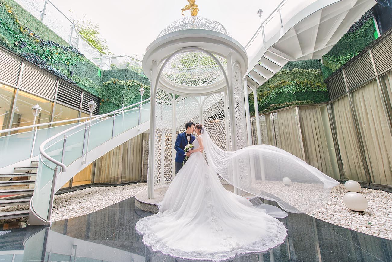 《台北婚攝》隨風輕舞的純白幸福 / 民權晶宴