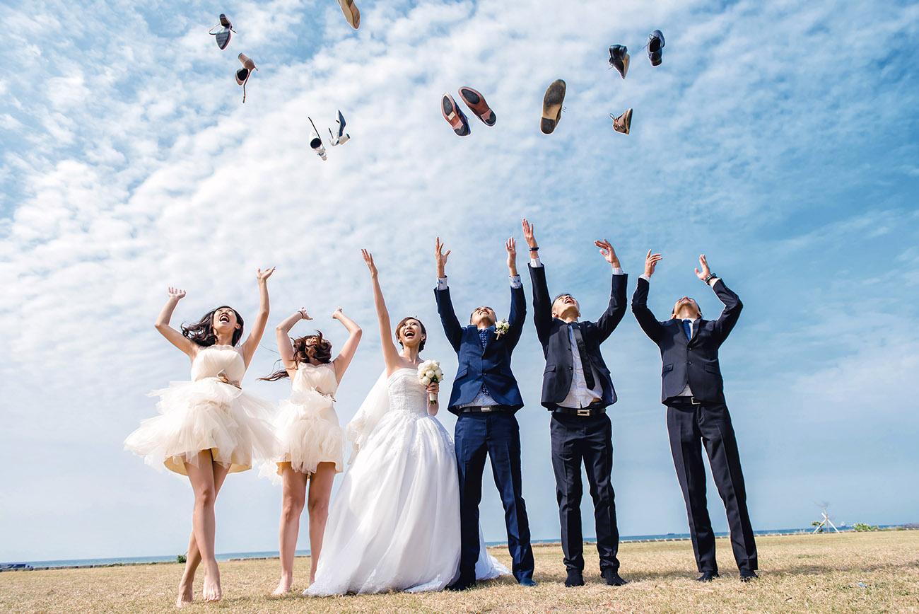 《高雄婚攝》藍天是我倆婚禮的見證 / 西子灣沙灘會館